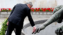 State Visit- H.E. Mr Joachim Gauck laying a wreath in The Garden Of Remembrance