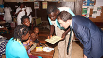 Minister Sherlock visits a UNICEF supported health clinic in Freetown, 3 October 2014